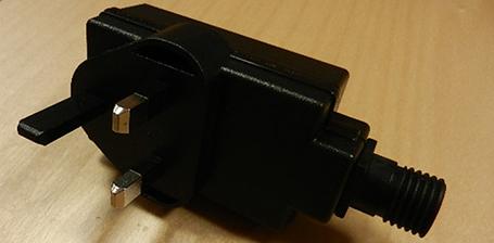 33902 - Transformateur PRISE UK